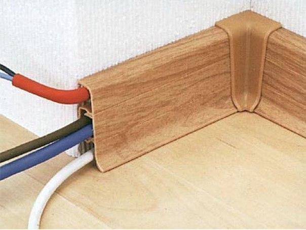 Прокладка кабеля в плинтусе с кабель-каналом