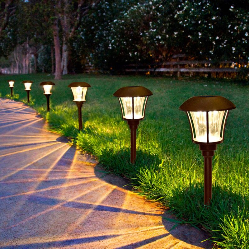 Уличное освещение – правила установки уличных фонарей и автоматических систем наружного освещения (95 фото)