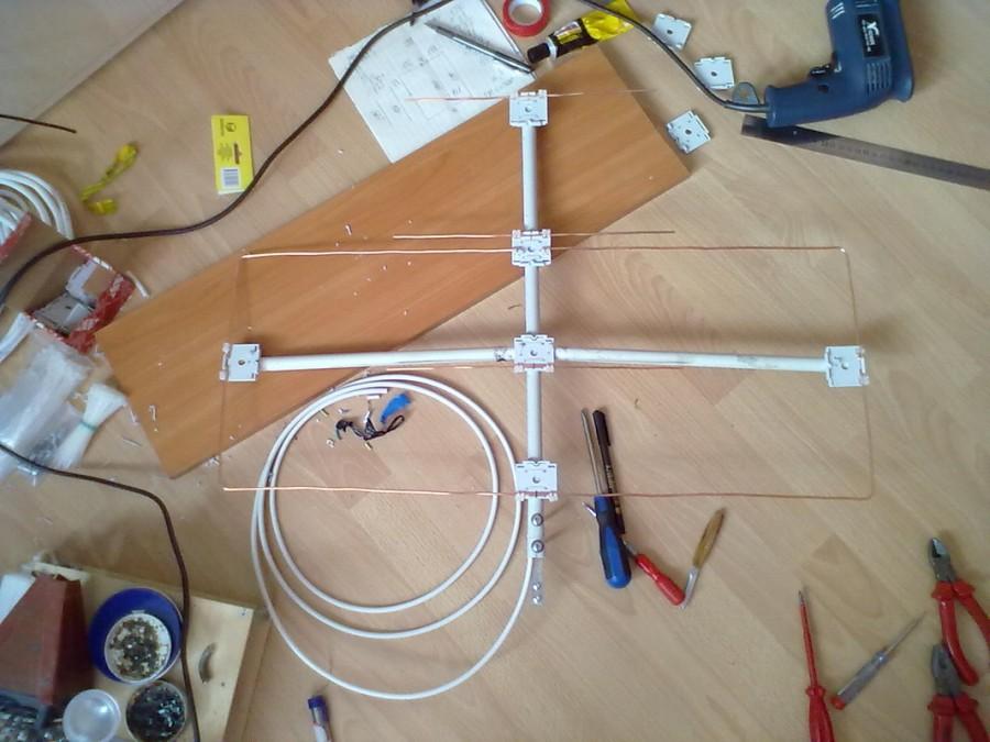 Антенны для цифрового тв dvb t2: 4 испытанных схемы с фото