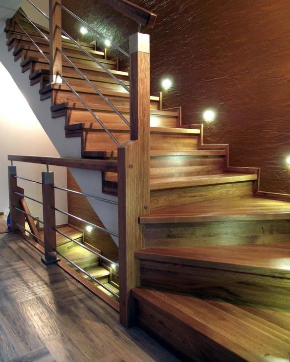 Грамотное освещение лестницы: советы профессионалов (23 фото)
