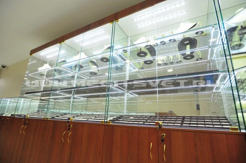 Подсветка торговых витрин светодиодами