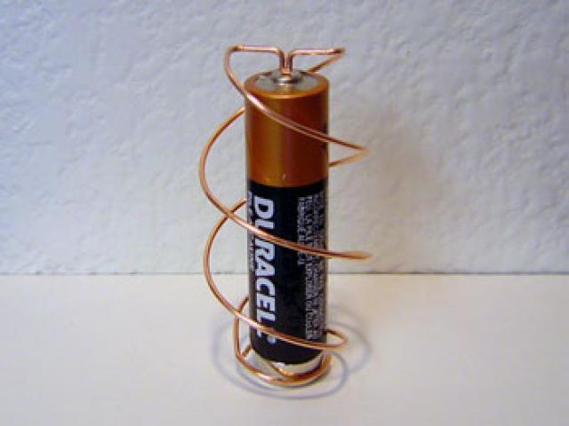Аккумулятор своими руками: изготовление простейших аккумуляторов из подручных средств