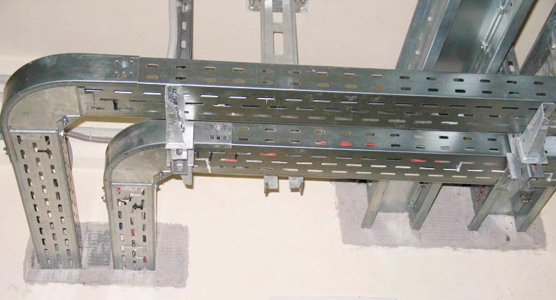 Правила укладки кабелей и проводов на лотках и в коробах