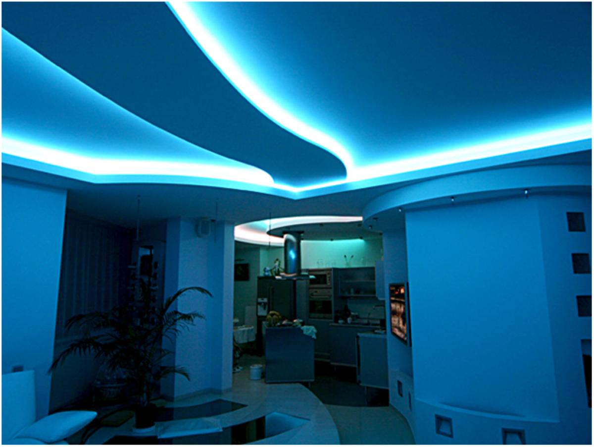 Подсветка потолка по периметру - оригинально и гармонично