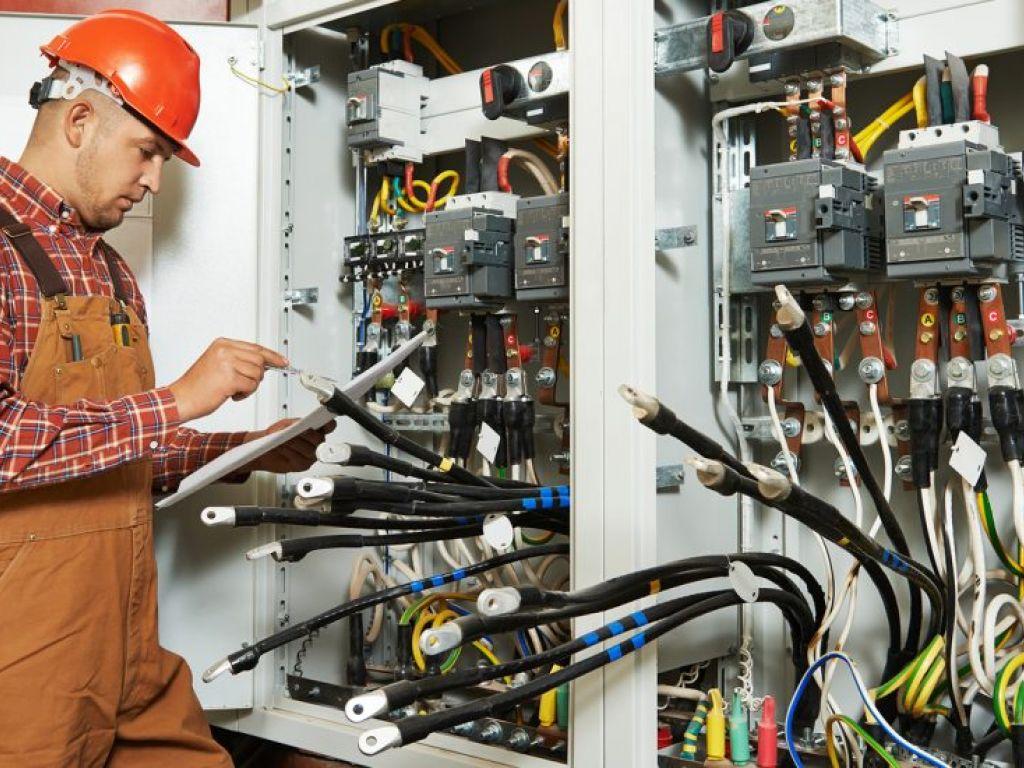 Ремонт электрического оборудования