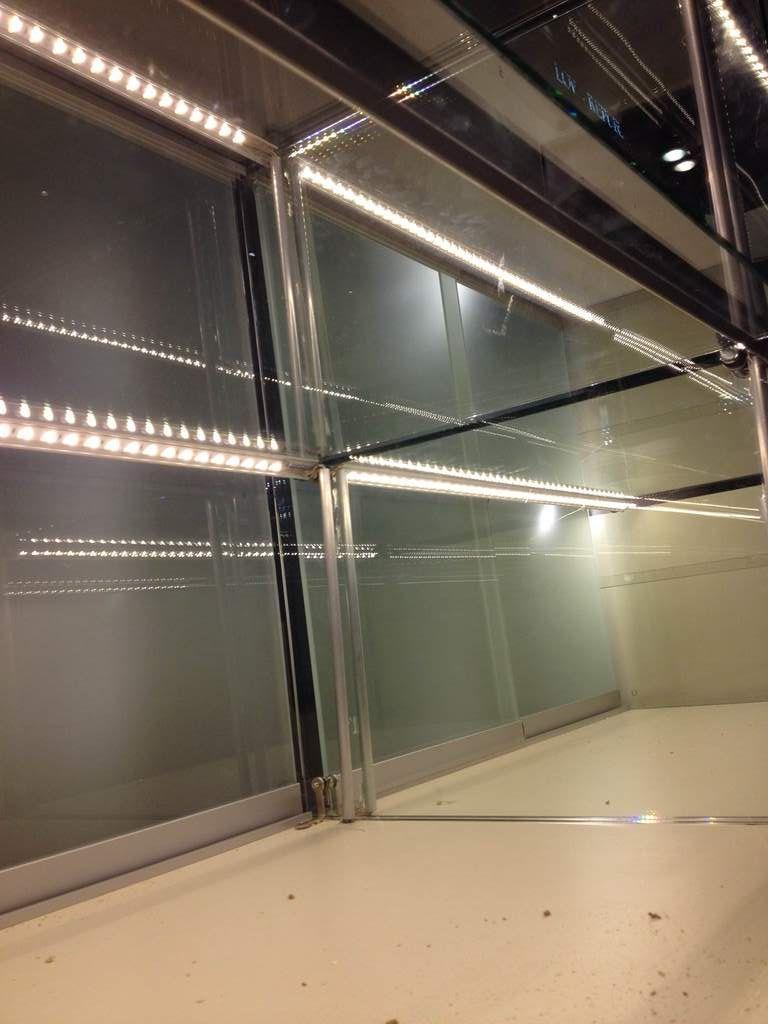 Нормы и этапы создания светодиодной подсветки витрин