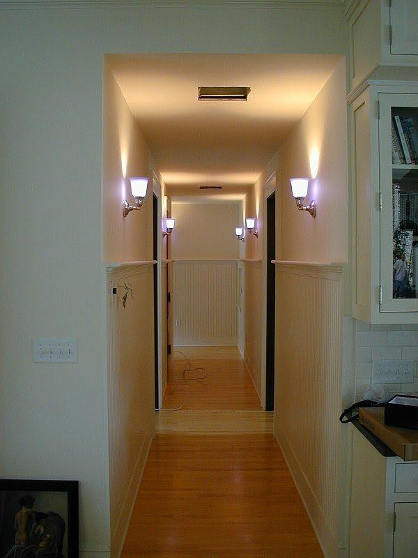 Каким должно быть правильное освещение маленькой прихожей?