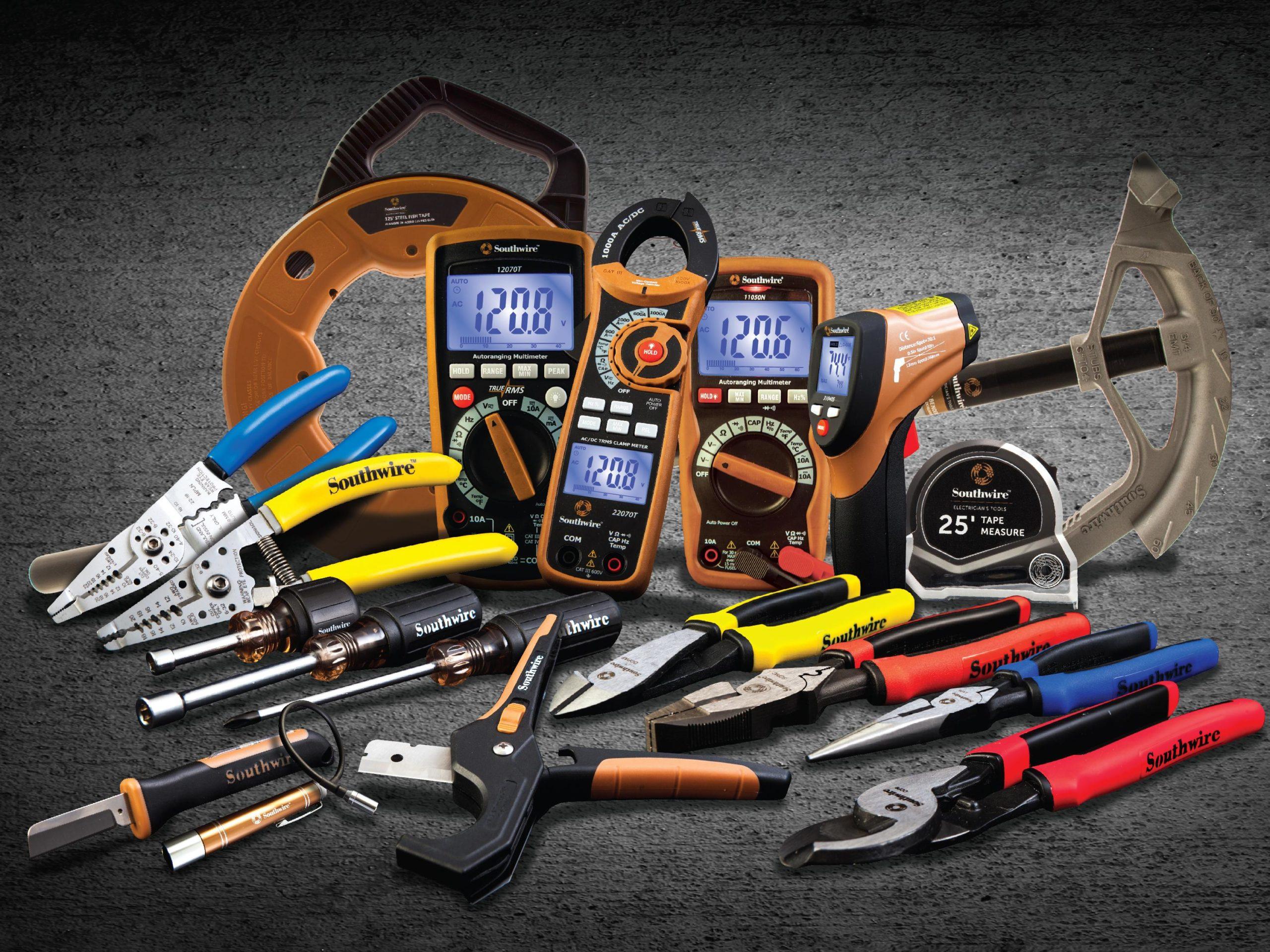 Необходимый набор инструментов для электриков