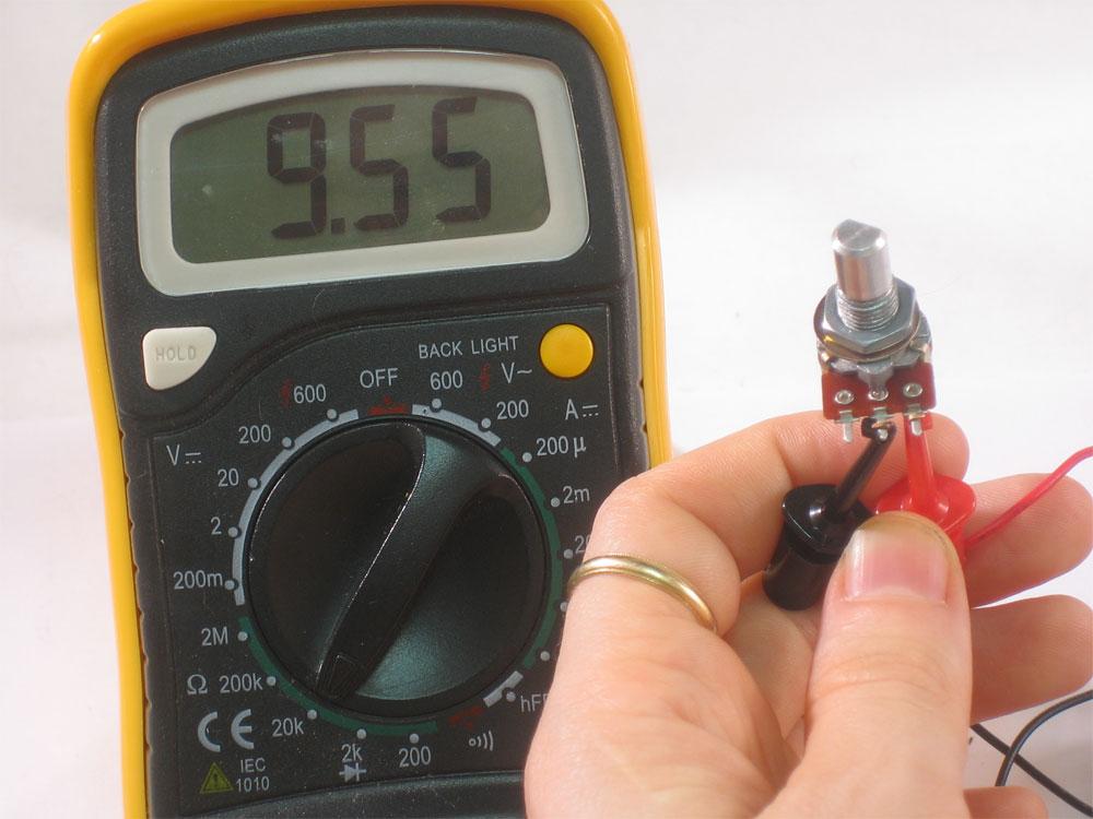 Как проверить резистор мультиметром не выпаивая