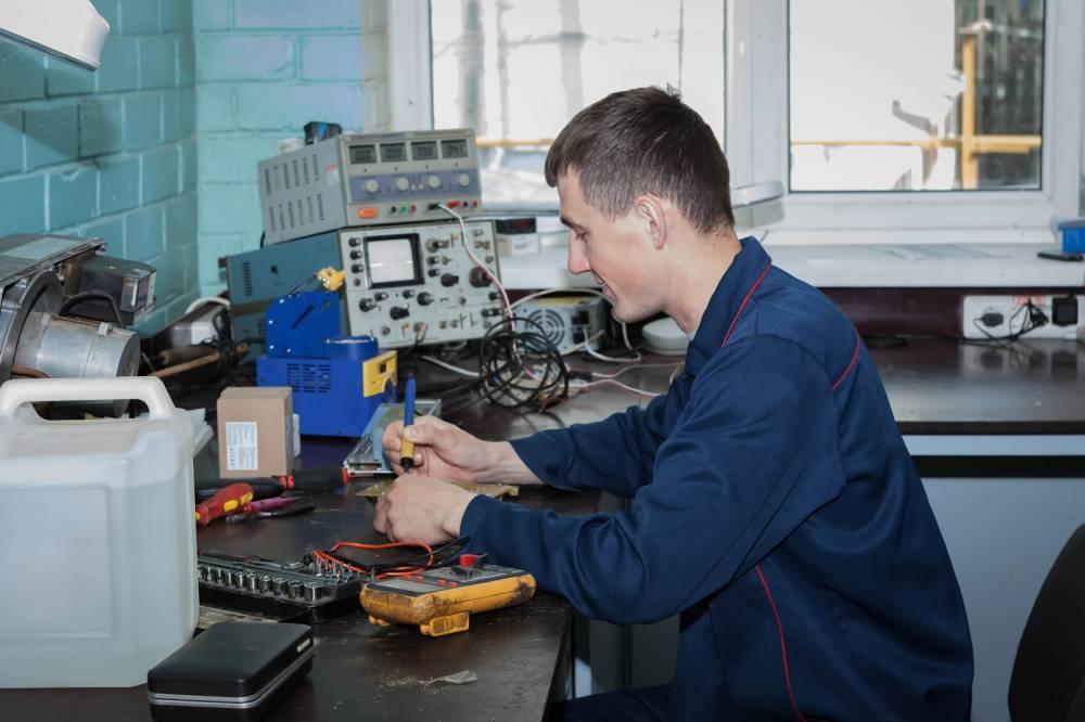 Инженер-электрик: список вузов где поулчить профессию наука и техника