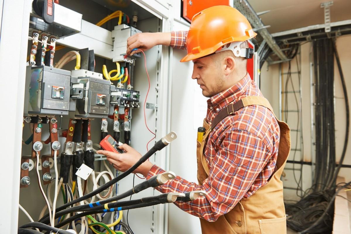 Профессия инженер-электрик