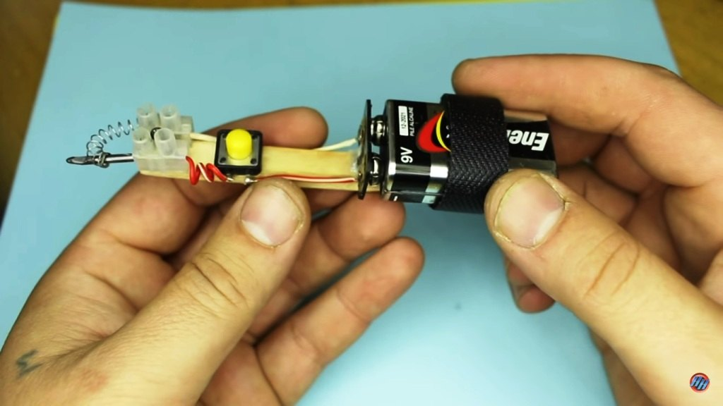 Как легко сделать батарейку
